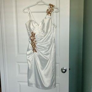Le Chateau white dress